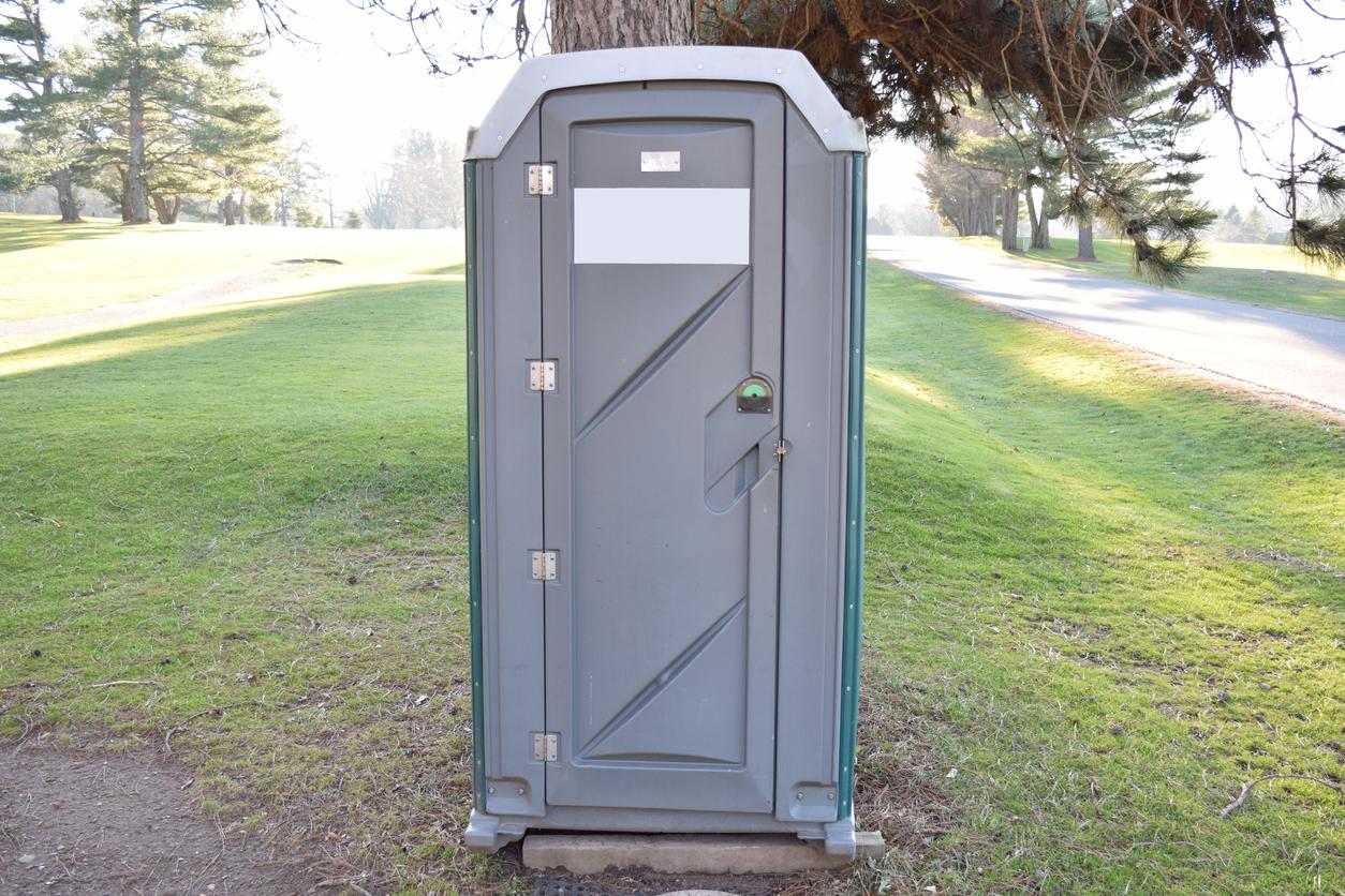 portable toilet rental Coweta